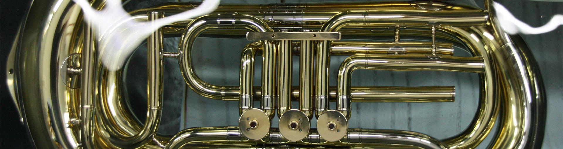 Musikinstrumente bei Pleischl in Atting bei Straubing